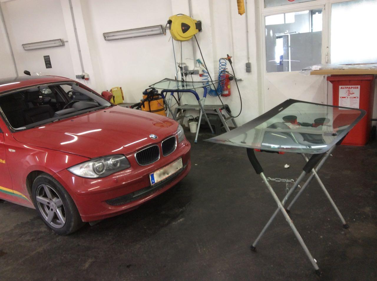 BMW 1er Vorbereitung vor dem Einbau