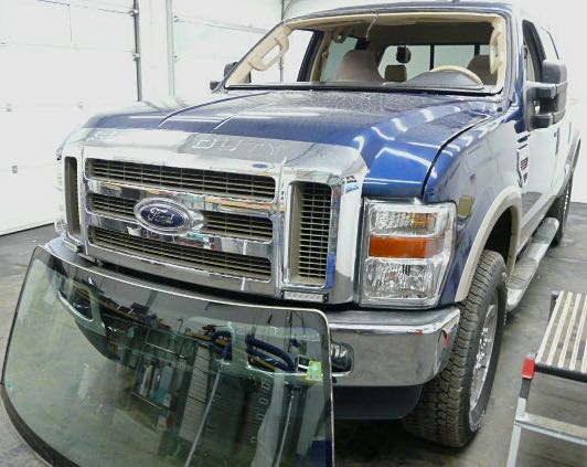 Ford Monster ohne Scheibe